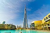 DUBAI, UAE - JANUARY 4: Burj Khalifa, world's tallest tower, Downtown — Stock Photo