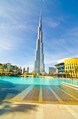 DUBAI, UAE - JANUARY 4: Burj Khalifa, world's tallest tower, Downtown — Stock Photo