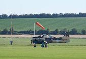 T-28 Fennec runs after landing — Stock Photo