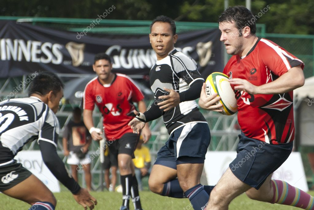 KUALA LUMPUR - NOV, 27: Unidentified players in action during Jonah Jones 7's 2011, organized by Royal Selangor Club (RSC) on Sunday, November 27, 2011 in Kuala Lumpur, Malaysia. — Stock Photo #8785024