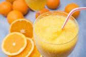 Close-up of fresh orange juice — Stock Photo