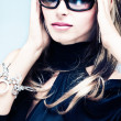 Woman with sunglasses — Stockfoto #7989460