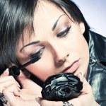 Applying mascara — Stock Photo