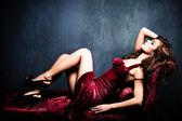Zmysłowy eleganckiej kobiety — Zdjęcie stockowe