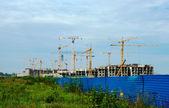 La massiccia costruzione di — Foto Stock