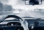 Driver's hands — Zdjęcie stockowe