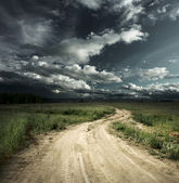 Road and sky — Stockfoto
