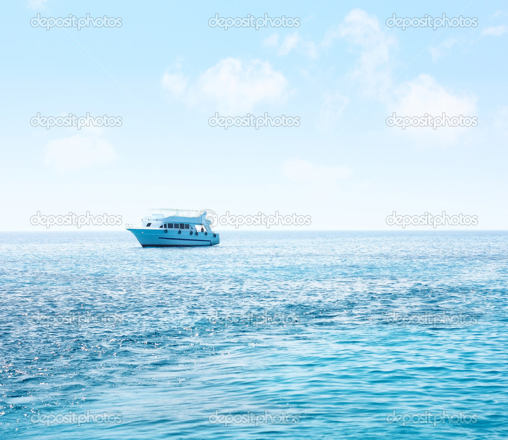 Alone ship in blue sea — Stock Photo #8157565
