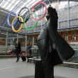 Olympic rings at St Pancras Station — Stock fotografie
