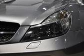 Sportbil strålkastare — Stockfoto