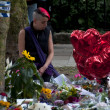 LONDON - JULY 27: Her fans pay tribute to Amy Winehouse — Stockfoto