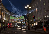 リージェント ・ ストリート、ロンドンでのクリスマスの装飾 — ストック写真
