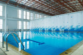 Indoor swimming pool — Stock fotografie