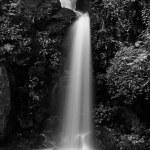 Mon Tha Than waterfall Black and White — Stock Photo