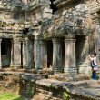Unidentified Traveler photo the architecture of ancient Angkor T — Stock Photo
