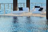 Infinity pool side — Stock Photo