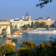 Foto Stock: Budapest, hungary with view of chain bridge