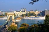 Budapest, hungary with view of chain bridge — Stock Photo
