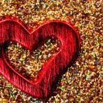 Red shiny heart — Stock Photo