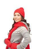Krásná žena v klobouku, šála a palčáky — Stock fotografie