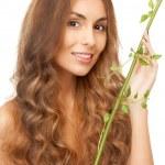Женщина с зеленый росток — Стоковое фото