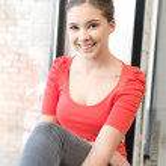 Happy and smiling teenage girl — Stock Photo