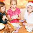 Kids making cookies — Stock Photo