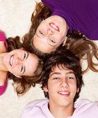 Cheerful teenage friends — Φωτογραφία Αρχείου