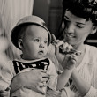 Beauty woman and baby with saucepan - Stock fotografie