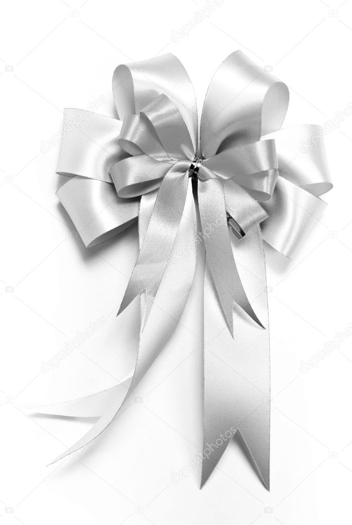 Shinny silver ribbon bow for decorate gift box — Stock Photo #7988937