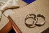 Hochzeitsringe — Stockfoto