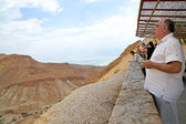 Tourists on viewing platform overlooking Dea — Stock Photo