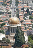 Bahia temple on background of Haifa — Stock Photo