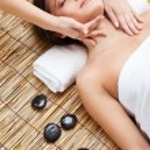 Woman in spa salon — Stock Photo #8962294