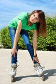 Girl skate street — Stok fotoğraf
