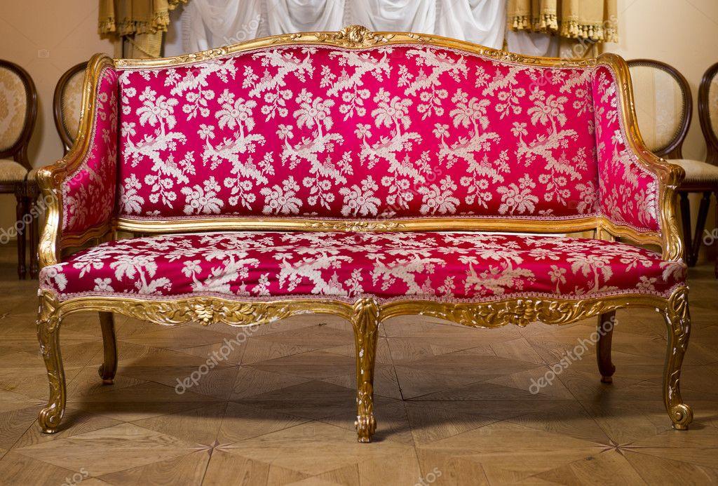 老式沙发 — 图库照片08amoklv#9111436