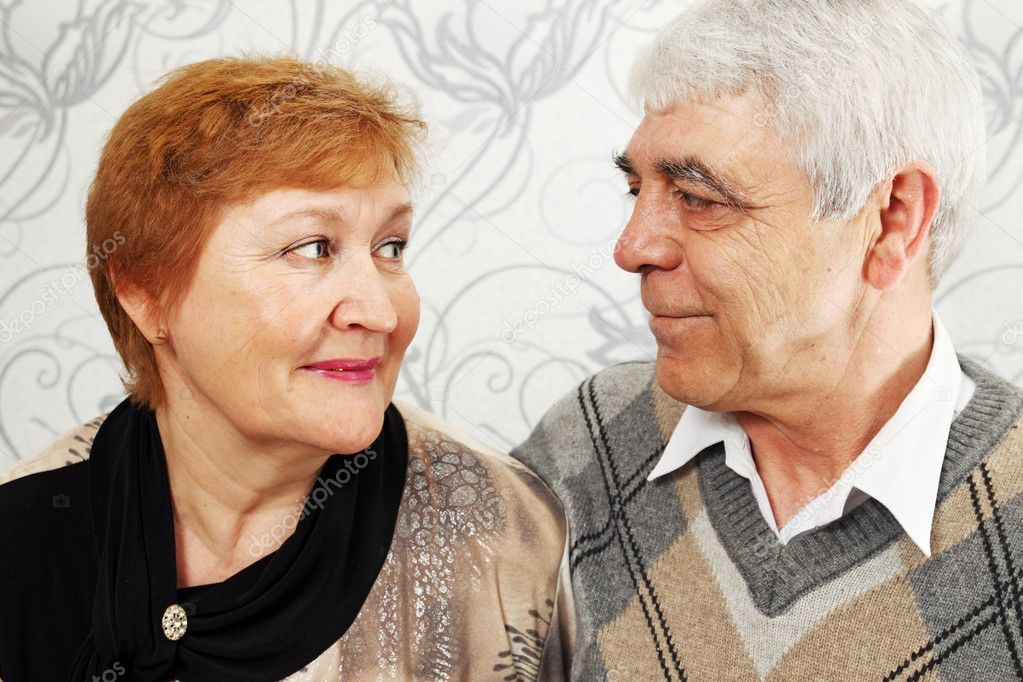 Portrait of the being smiled elderly pair — Stock Photo #9885639