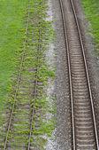 Старые и новые железнодорожные пути — Стоковое фото