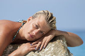 Portrait of attractive girl enjoying sun — Stock Photo