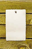 Empty note on wood texture — Stock Photo