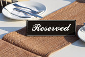 Restaurant reservation concept — Stock Photo