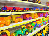 Toy cars in shop — 图库照片