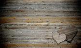 Deux coeur sur fond bois avec espace copie — Photo