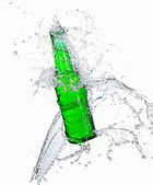 Bira şişe su ile — Stok fotoğraf