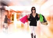 Shopping young woman — Stock Photo