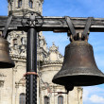 Church bells. Church Znameni Virgin Mary in Banner Dubrovitsy. — Stock Photo #8742637