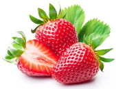 Strawberries with leaves. — Stockfoto