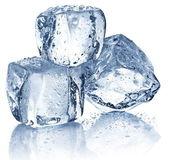 3 つのアイス キューブ — ストック写真
