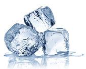 Tre cubetti di ghiaccio — Foto Stock