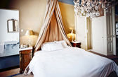 Lyx hotell bed — Stockfoto